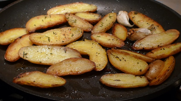 pan-roasted-fingerling-potatoes