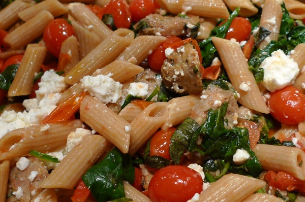whole-wheat-penne-with-tomato-and-spinach