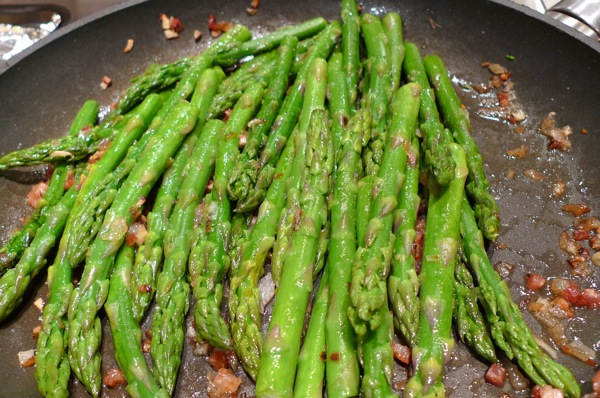 asparagus-with-shallots-and-pancetta