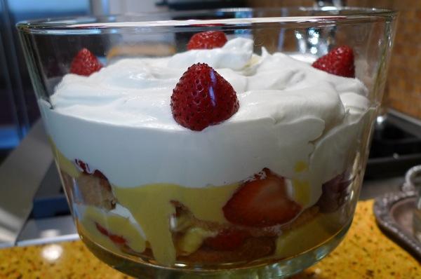 orange-strawberry-trifle