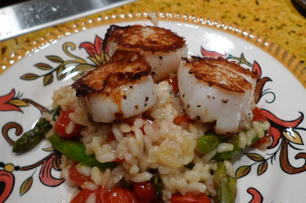 Roasted Asparagusand Tomato Risotto with Pan Seared Scallops