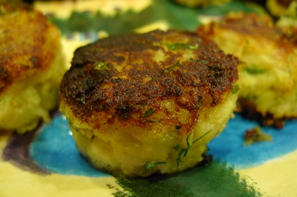 Potato Cakes with Cheddar Cheese and Dill1