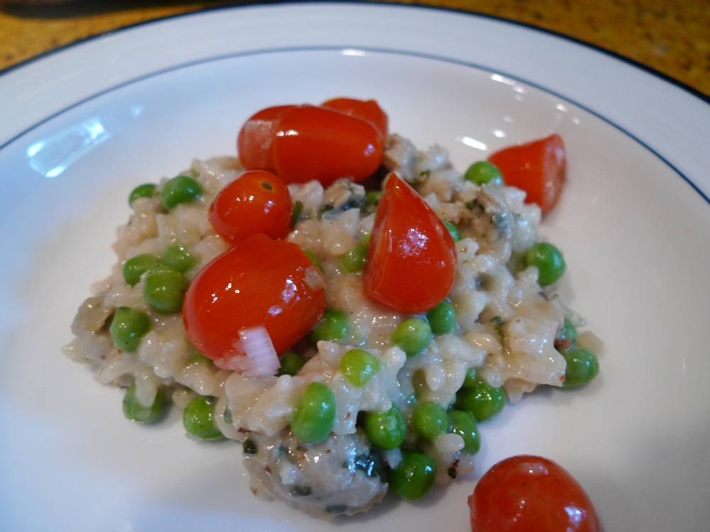 Sharing Plate » Sausage and Peas Risotto with Tomato Salad