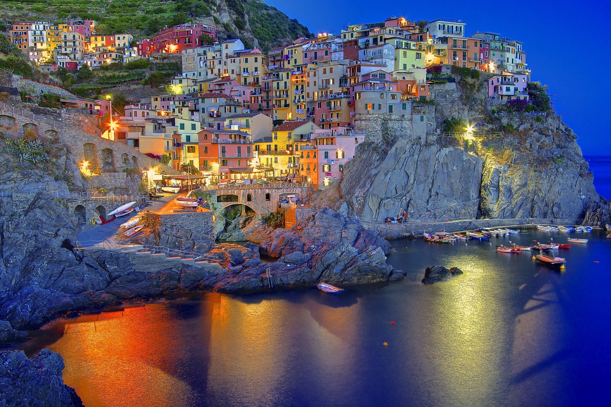 Amalfi Coast In Liguria, Italy Desktop Background